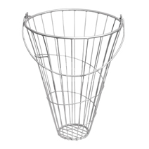POULTRY inchVEG TREATSinch BASKET